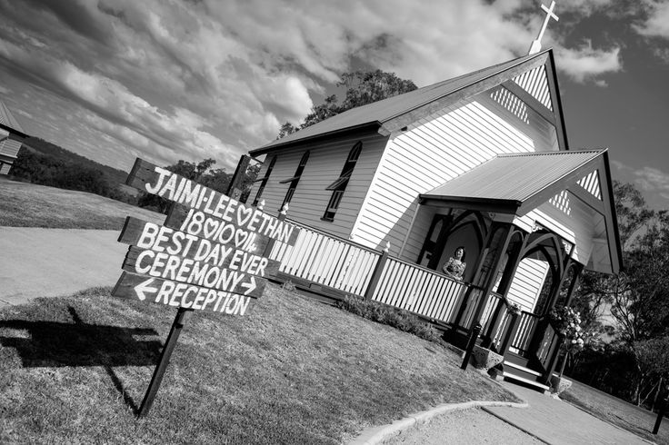 Welcome Sign for ceremony - Salt Studios| Toowoomba Wedding and Commercial Photography