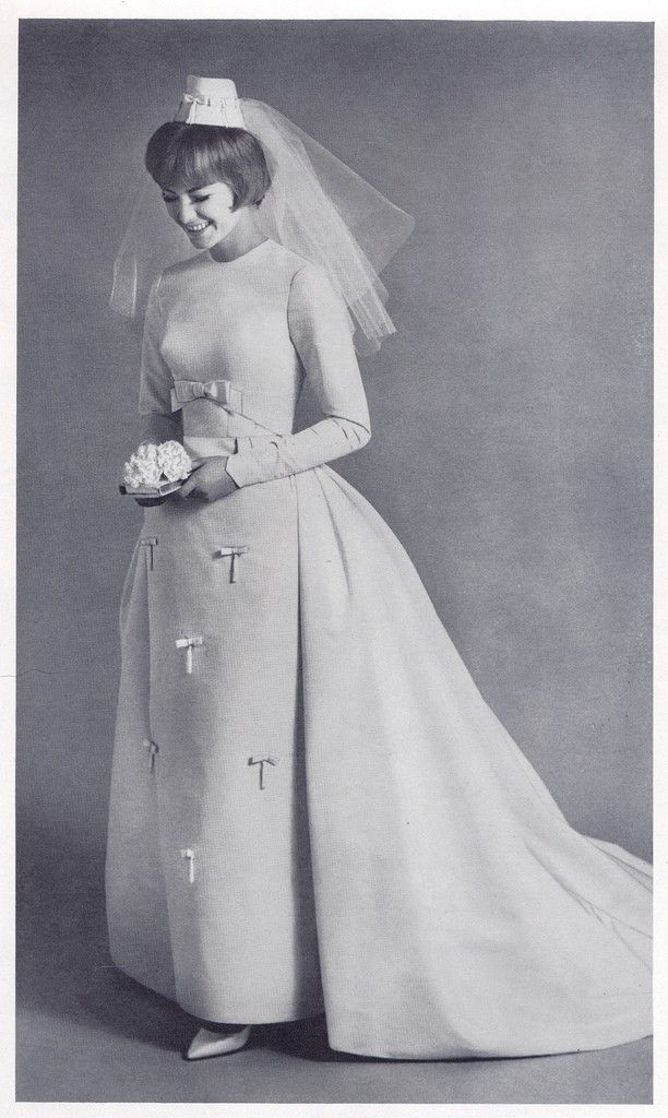 1000+ ideas about 50s Wedding Dresses on Pinterest