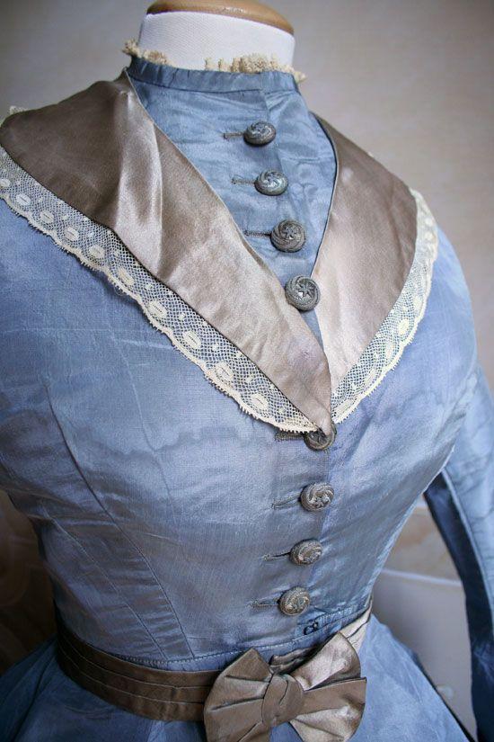 Day dress, ca 1869, Abiti Antichi
