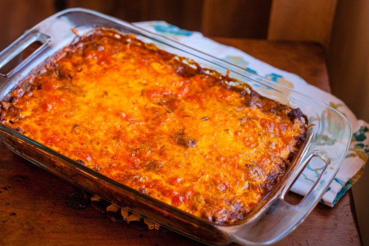 These quick and easy Tex-Mex Beef Enchiladas are my mom's recipe and ...