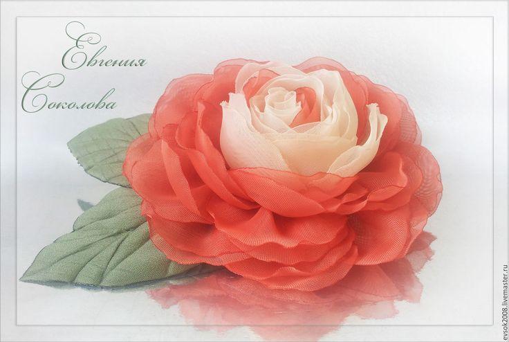 Купить Брошь-цветок Роза - handmade, розы из ткани, подарок девушке, подарок женщине
