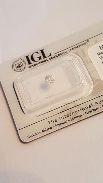 Natuurlijke witte diamant 033 ct met IGL certificaat. F/I1 033 ct  lage MINIMUMVERKOOPPRIJS   Natuurlijke witte diamant 033 ct met IGL certificaat. Kleur F duidelijkheid I1 033 ct.Natuurlijke diamant verzegeld met IGL certificaatnummer. IGL D88387485ILVerzending via koerier geregeld met Catawiki voor de veiligheid en gemoedsrust van zowel de koper als de verkoper.Er is geen papier certificaat.Deze steen wordt geheel beoordeeld door IGL maar zending bevat geen harde kopie van certificaat…