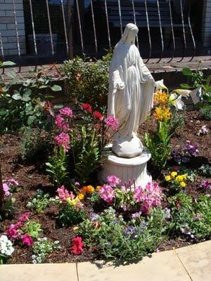 Mary garden ideas
