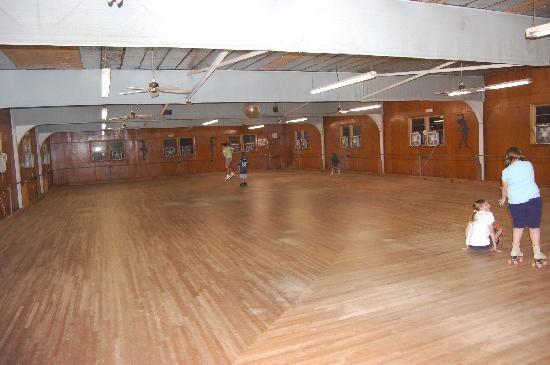 Topsail Skating Rink
