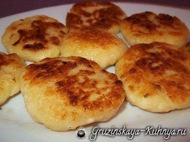 Вареные хачапури. Грузинский рецепт приготовления хачапури, рецепт из старинной кулинарной книги. Хачапури по данному рецепту можно готовить и без сыра.
