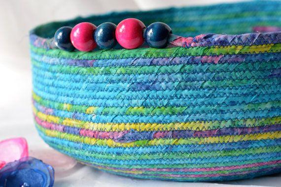 $60 #Blue #Cat #Bed #Handmade #Tropical #Blue Batik #Pet #bed #basket #bowl by #Wexford #Treasures