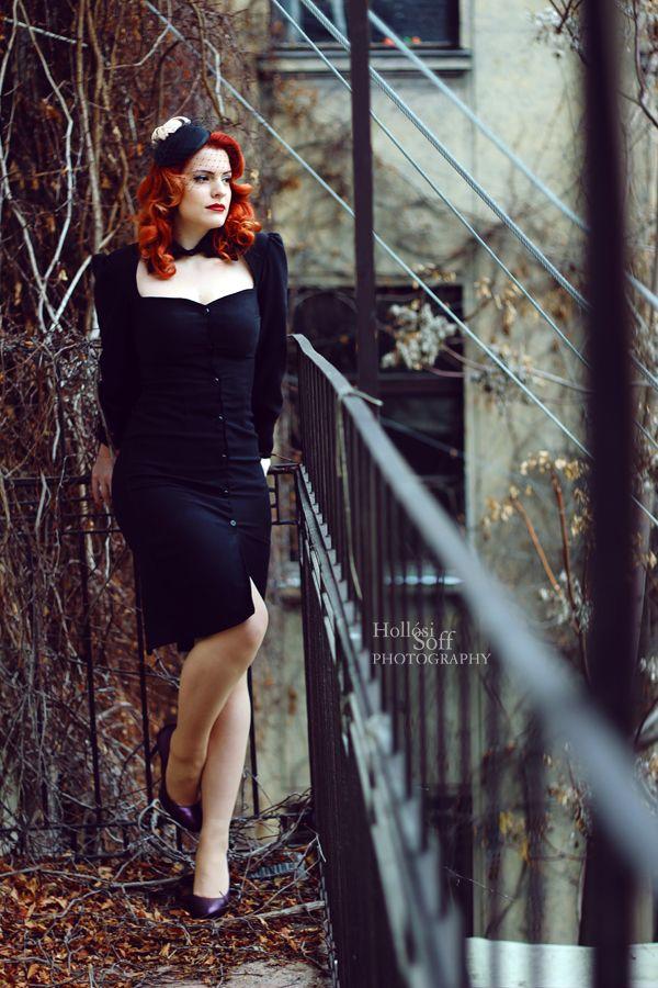 black pinup dress halloween dress, pinup witch dress  Photo: Hollósi Soff Photography/ Hollósi Soff Photography Model: Pin-up Model Kyra Blaze Hair: Diamant Dia Dijó Fej: Kucsera Hajszalon