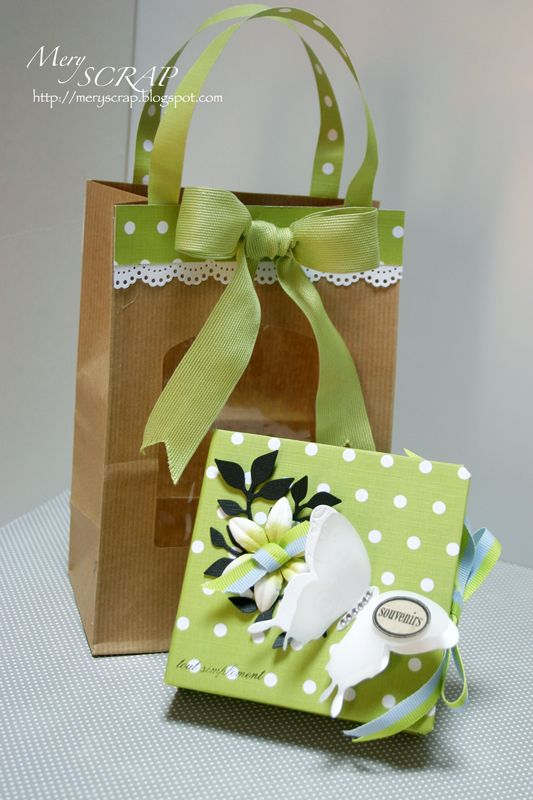 how to put the wrapping paper in gift bag