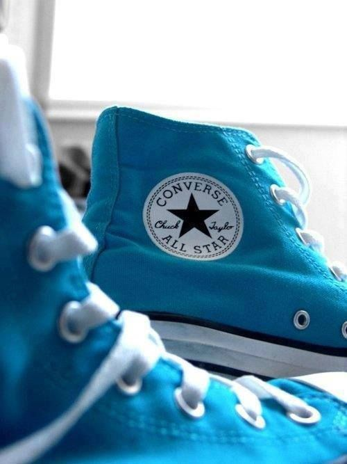 What can I say I really like the color blue! Blue vans, now blue converse, I need them all!