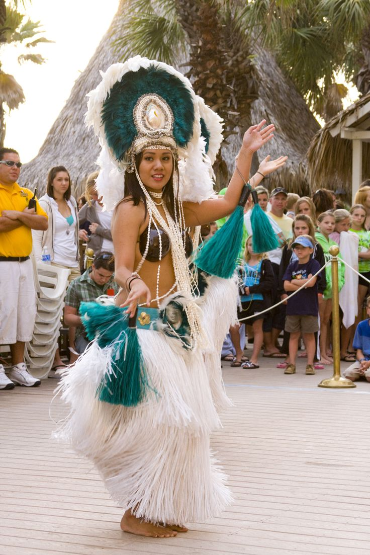 Polynesian Fire and Dance Show.