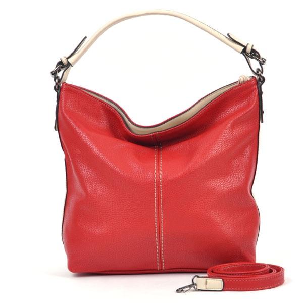Sterren kunnen niet zonder grote tassen omdat ze vaak onderweg zijn en daardoor veel mee te sjouwen hebben.