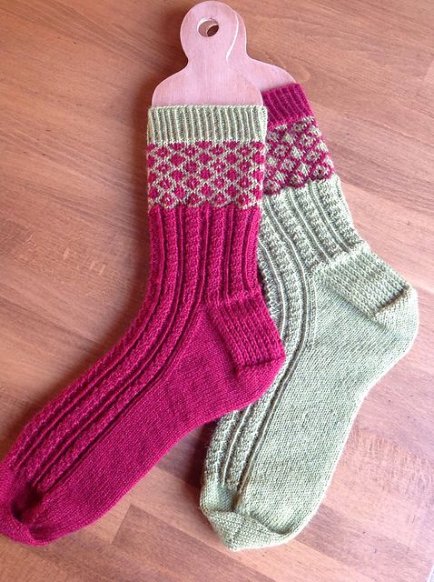 Ravelry: Fred & George Socks pattern by Rachel Coopey