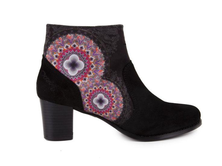Desigual - Kotníkové lodičky na středním podpatku SHOES CALEI / černá | obujsi.cz - dámská, pánská, dětská obuv a boty online, kabelky, módní doplňky