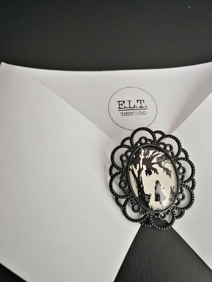 Alice in the Wonderland brooch di ELTStore su Etsy