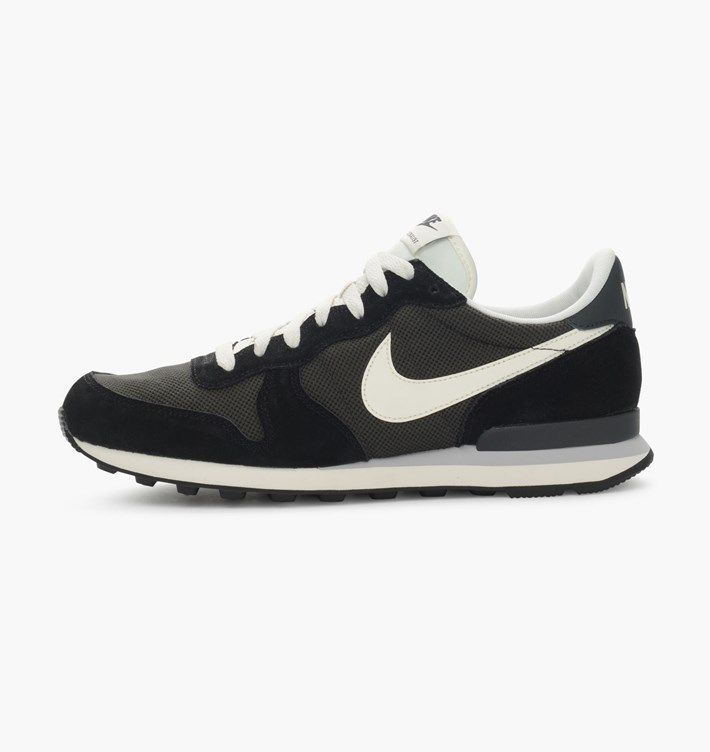 Nike Sportswear - Clothing & shoes for men and women