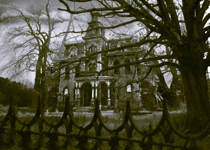 Haunted houses make me happy.