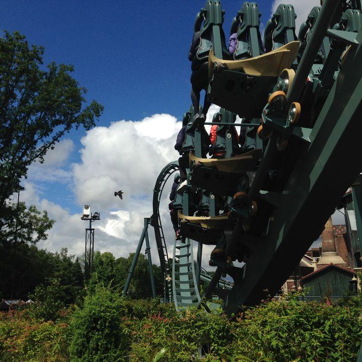 Wat is de spannendste achtbaan van het moment? Unaniem kozen wij voor De Baron en de foto's spreken voor zich. Impressie bezoek Efteling 2016.