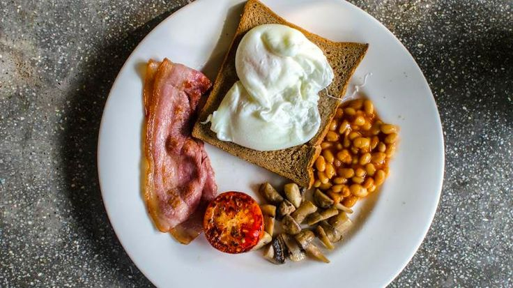English breakfast in India! Sounds wrong but it did the trick for us :-) at Vivenda dos Palhaços, south Goa. To book or enquire: https://www.tripzuki.com/hotels/vivenda-dos-palhacos-goa/