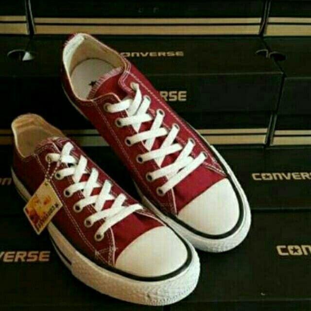 Saya menjual Converse Low Maroon seharga Rp155.000. Dapatkan produk ini hanya di Shopee! https://shopee.co.id/deventostore/6691075 #ShopeeID