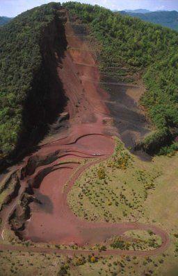 Parc Natural de la Zona Volcànica de la Garrotxa - Territori i Natura - Turisme Garrotxa - Catalonia, volcà Croscat