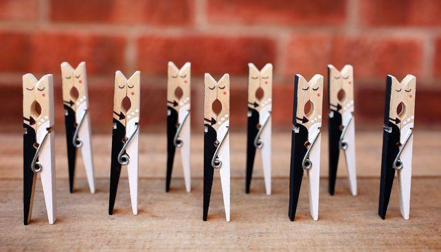 5 wedding name holders - pegs