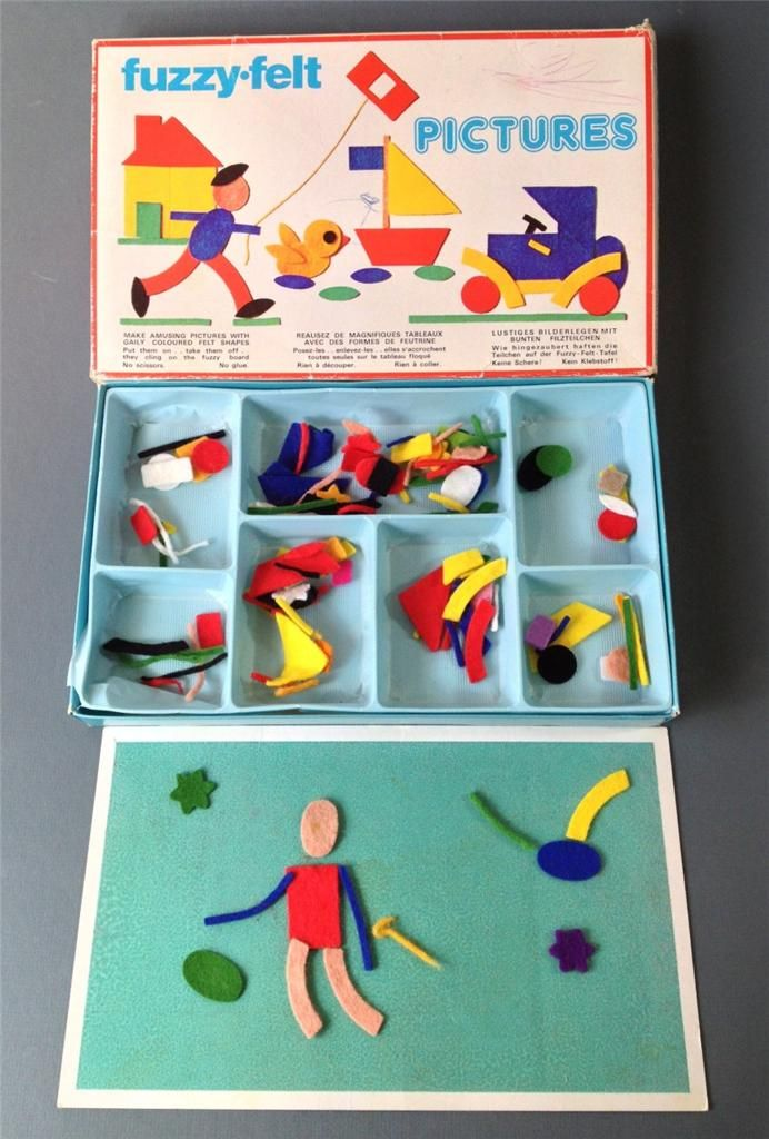 Vintage/retro 60s toy FUZZY-FELT 'PICTURES' Made in England 1960.  I Loved these, my favourites were the circus set and the ballet set.