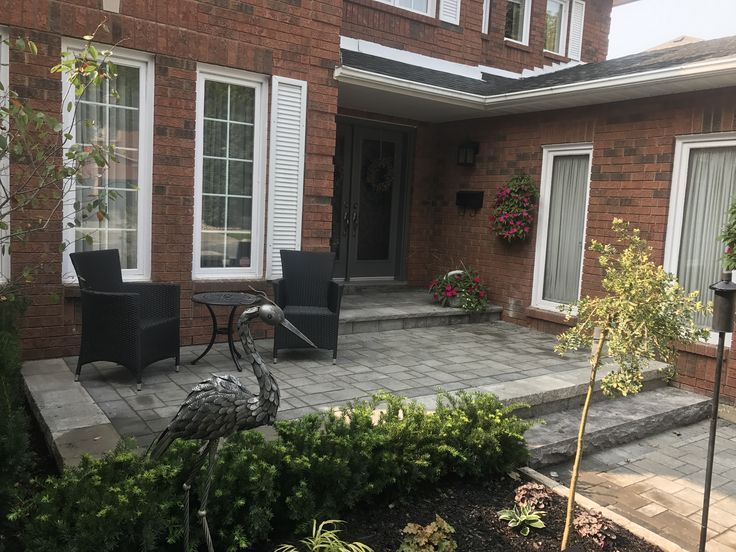 Front yard sitting area Landscape Design in Pickering