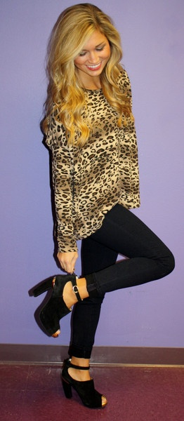 Cheetah, black skinnies and black heels!