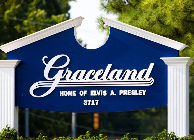 Elvis Presley S Graceland Is Reopening With Capacity Restrictions Temperature Checks In 2020 Graceland Elvis Presley Graceland Elvis