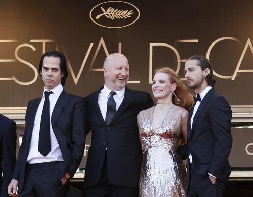 La Ley Seca desembarca en Cannes de la mano de John Hillcoat   http://www.europapress.es/chance/cineymusica/noticia-ley-seca-desembarca-cannes-mano-john-hillcoat-20120520121354.html