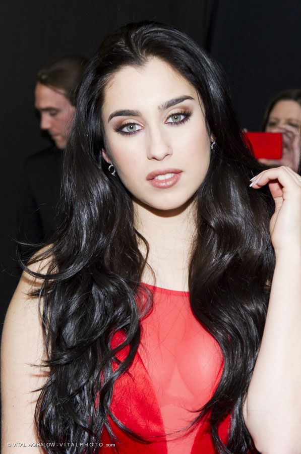 lauren jauregui fifth harmony photographed by vital agibalow for red for women red dress. Black Bedroom Furniture Sets. Home Design Ideas