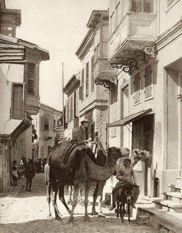 İZMİR-Basmane Namazgah sokakları.