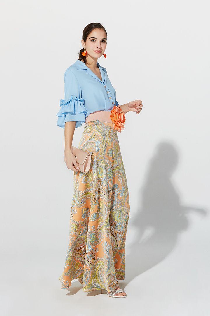 Falda larga de 107 cm, fluida de capa y cintura alta