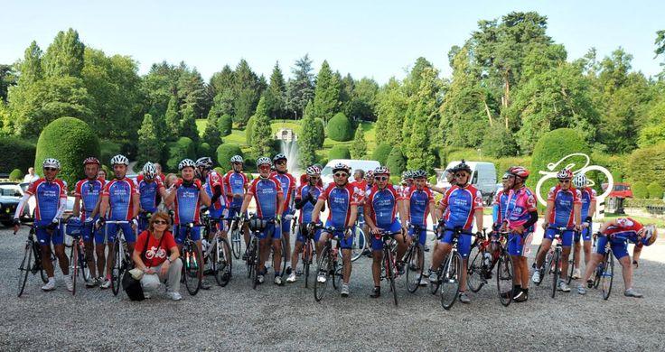 25 ciclisti varesini sono partiti dai Giardini Estensi per un tour che li porterà fino ad Amsterdam. Qui la gallery completa http://bit.ly/1q5q6NE