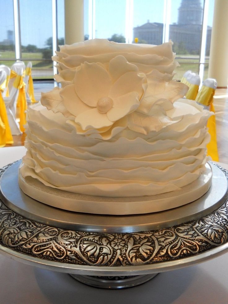 fake wedding cakes adelaide 68 best images about gumpaste magnolia on 14122
