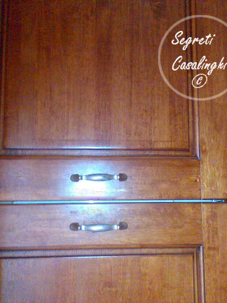 Pulire mobili legno semplice pulire sgabelli mobili lucidare - Pulire porte legno ...