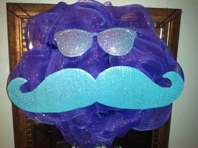 Mustache party wreath!
