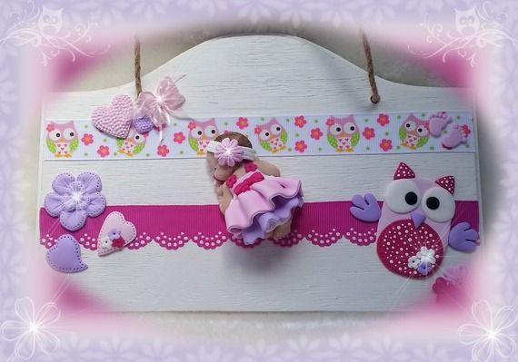 Adorable b b en fimo endormi sur plaque de porte b b for Decoration porte bebe
