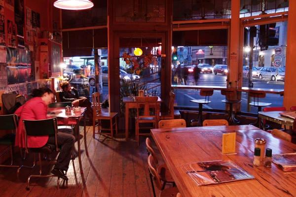 Tin Pot Cafe ,      248 St Georges Rd , Fitzroy North 3068 , Melbourne (Australia)