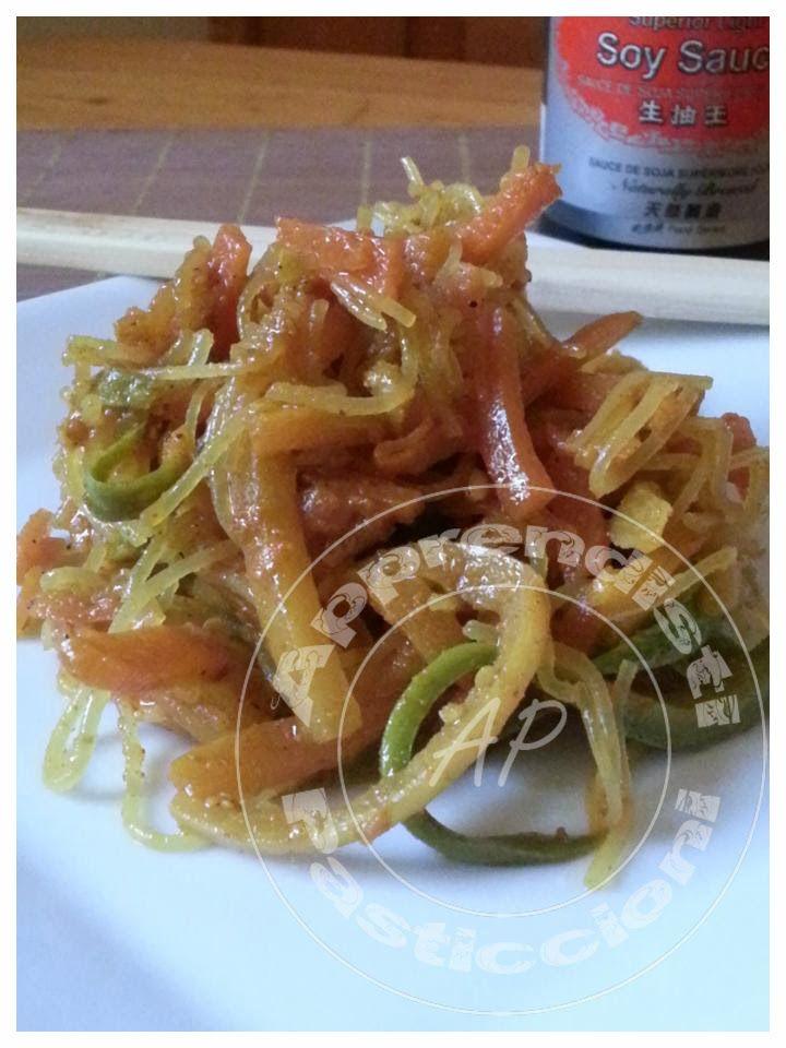 Apprendisti Pasticcioni: Spaghetti di soja con verdure