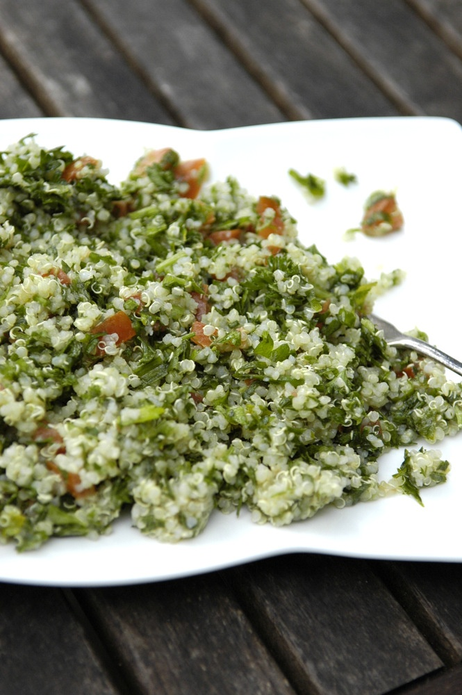 Fresh Herb Quinoa Salad: Light and lovely, perfect for summer.Olive Oil, Herbs Quinoa, Quinoa Tabouli, Healthy Eating, Organic Recipes, Peasy Organic, Quinoa Tabouleh, Herbie Quinoa, Easy Peasy