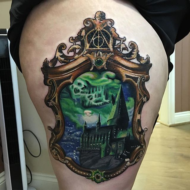 1000 ideas about hogwarts tattoo on pinterest harry potter tattoos tattoos and hp tattoo. Black Bedroom Furniture Sets. Home Design Ideas