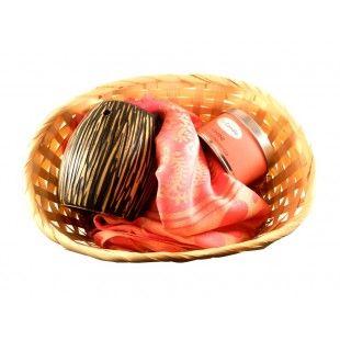 Aranjament cadou Pink insanity - http://livediva.ro/cadouri-online/Secret-Santa-cadouri-pentru-colegi