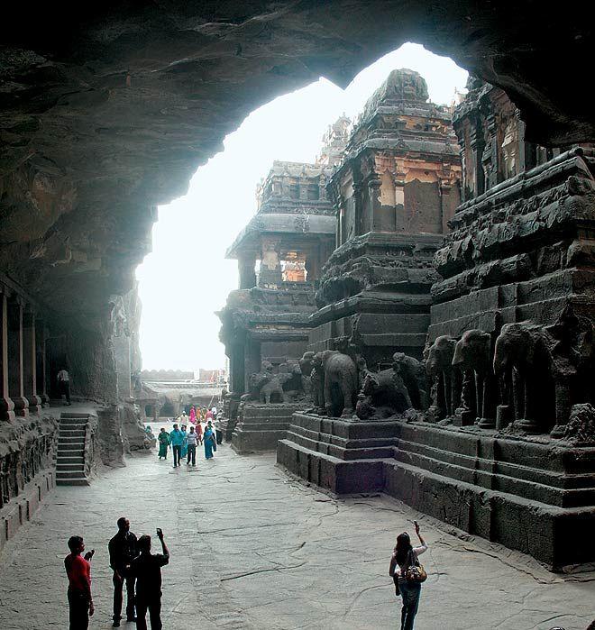 Kailasa Temple | World's largest monolithic monument INDIA