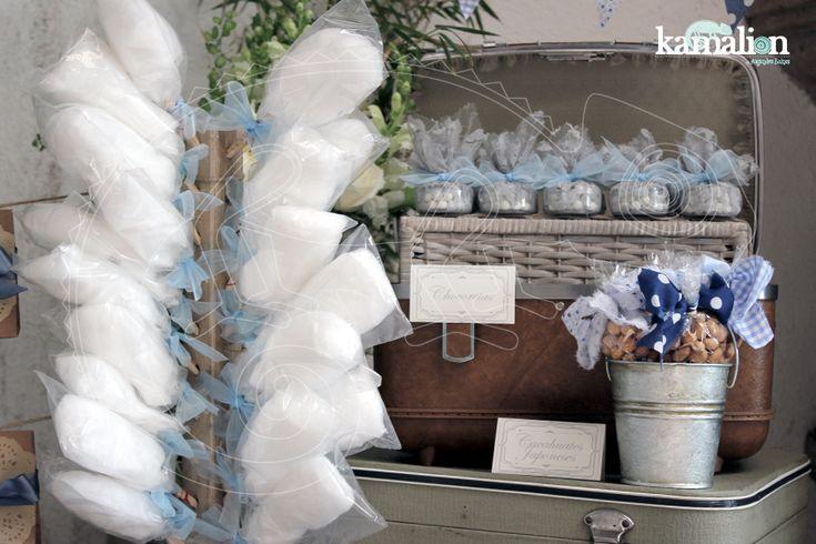 www.kamalion.com.mx - Mesa de Dulces / Candy Bar / Postres / Evento / Blanco & Azul / White & Blue / Vintage / Rustic Decor / Mesa de Dulces / Carrete.