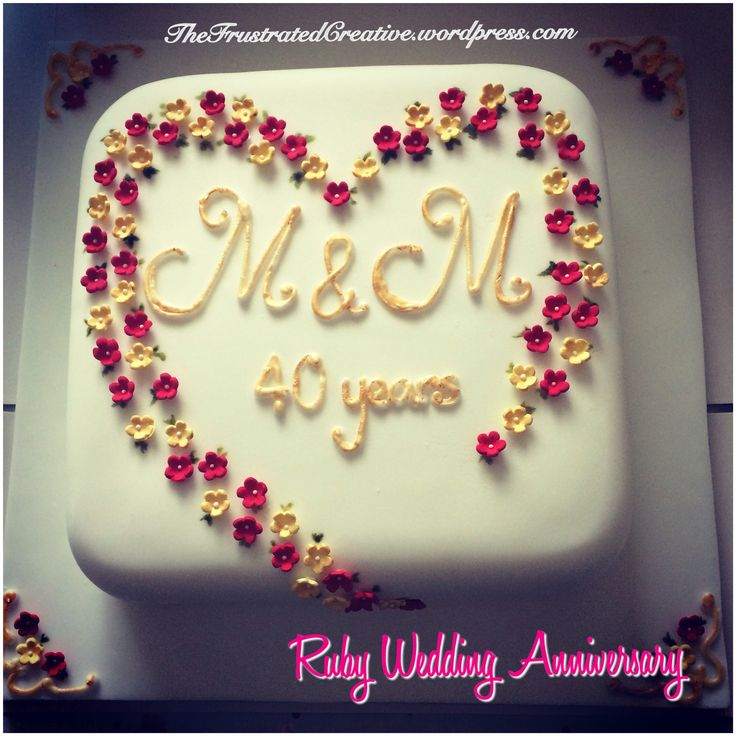 Cake Decorations For Ruby Wedding Anniversary : 46 best Anniversary - Mini Cakes images on Pinterest
