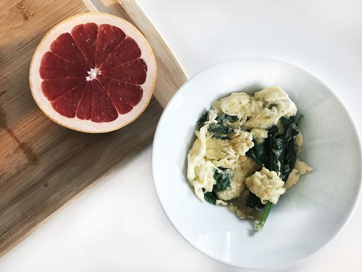 Simple healthy breakfast ideas!  scrambled eggs with spinach and a half grapefruit makes for a healthy start to the day
