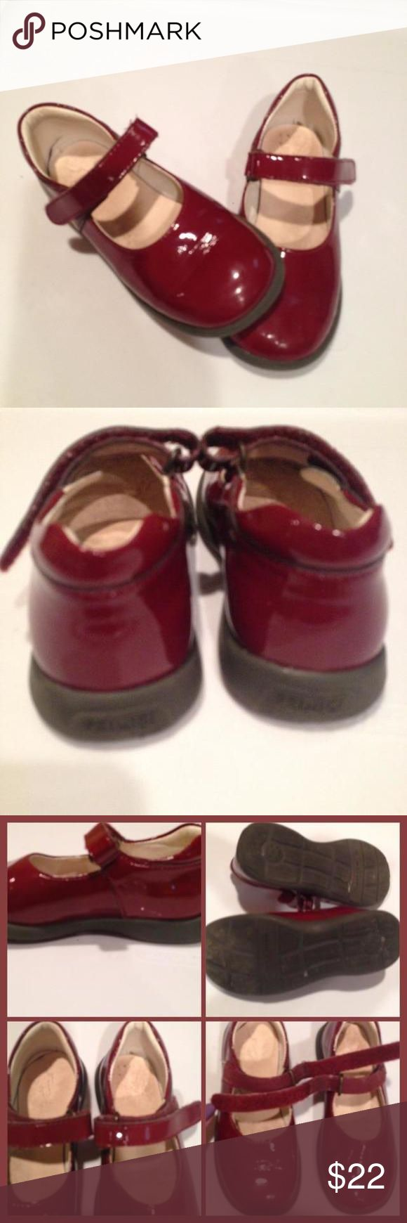 💸PRIMIGI mary jane shoe Patten leather mary janes with velvro closure. Very good condition! Nordstrom purchase. Great for back to school! Anti shock & flexi sole. Size 26Eu = S9/9,5 Primigi  Shoes