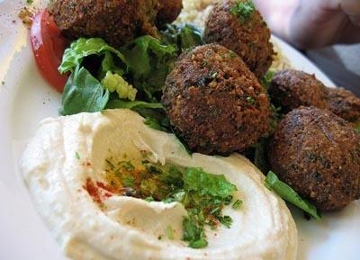 Comida Árabe    - Crema de garbanzo y falafel -