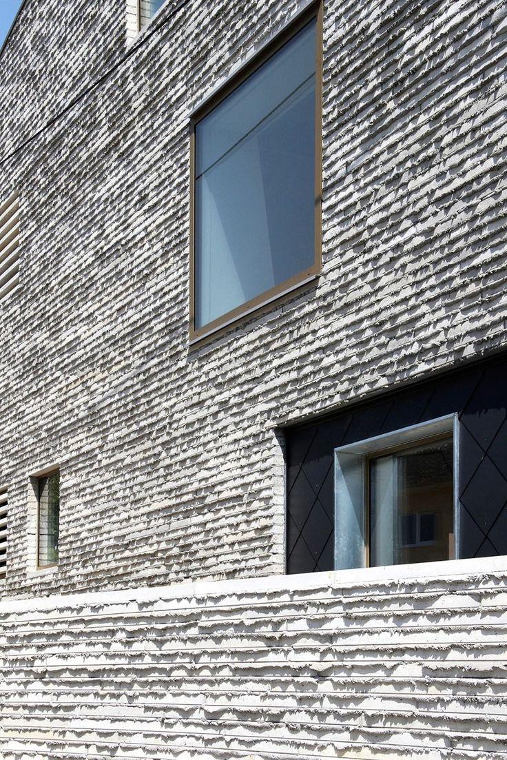 Interesante textura de hormigón. Mauerhaus in Belgien / Sichtbeton war gestern - Architektur und Architekten - News / Meldungen / Nachrichten - BauNetz.de